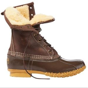 NEVER USED L.L. Bean boots with fur